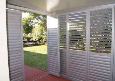 aluminium shutter blinds outdoors