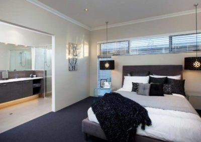 bedroom with venetian blinds