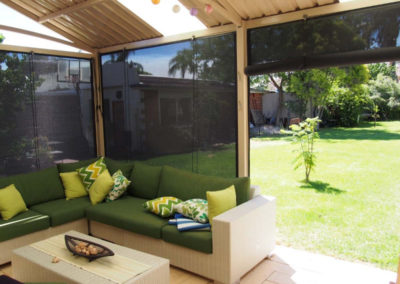 rope and pulley blinds on patio