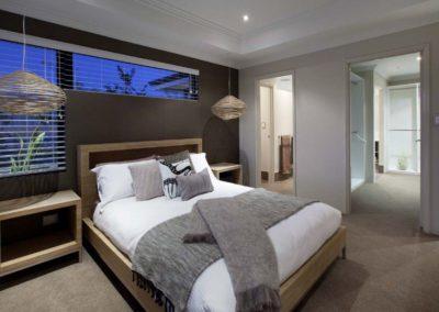 venetian blinds in bedroom