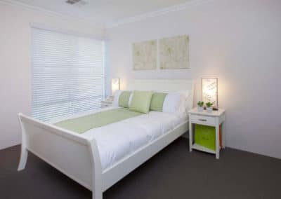 venetian blinds in minimal bedroom