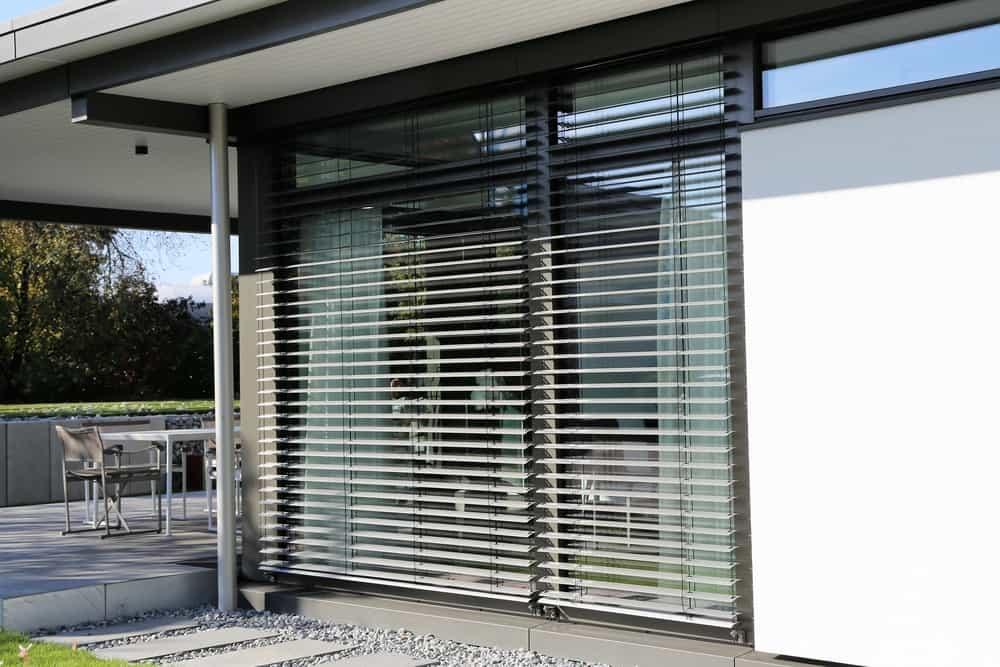 Modern outdoor blinds
